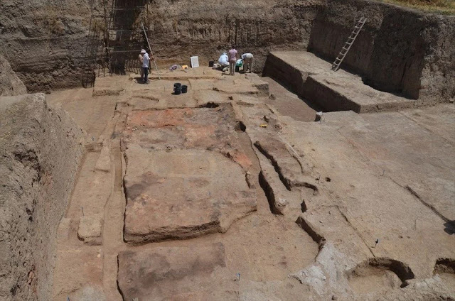Genomes from University of Liverpool excavations of burials around some of the earliest houses in history contributed to a major study. Credit : University of Liverpool
