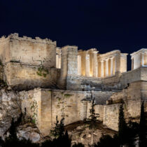 Triple international distinction for the new lighting of the Acropolis