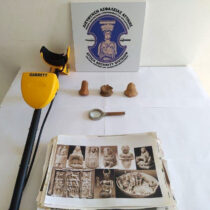 Arrest of 59-year-old man in possession of ancient artefacts