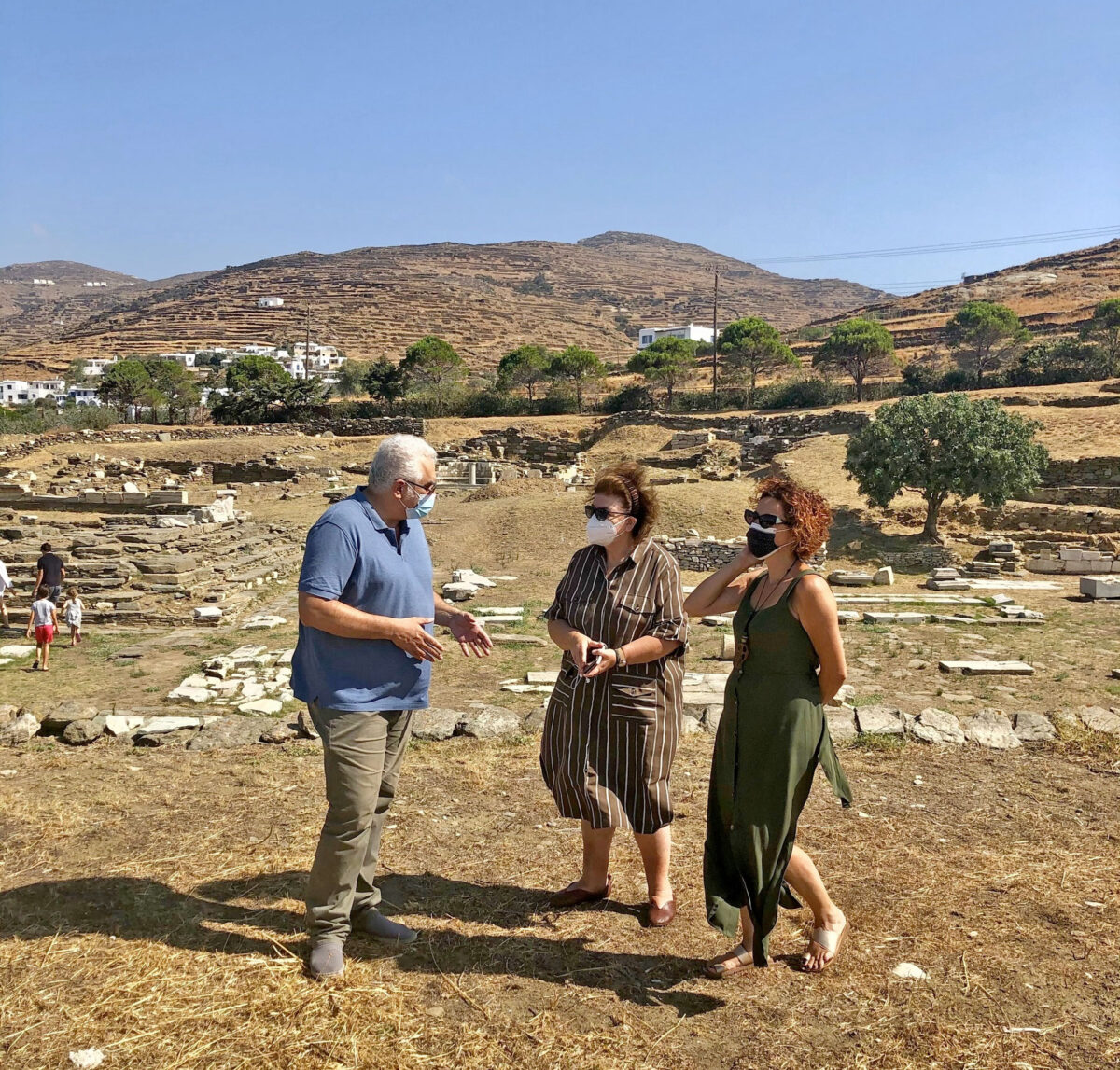 Inspection of the archaeological site of the Poseidon and Amphitrite Sanctuary (photo: MOCAS)