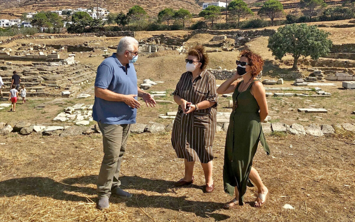 Inspection of monuments on Tinos