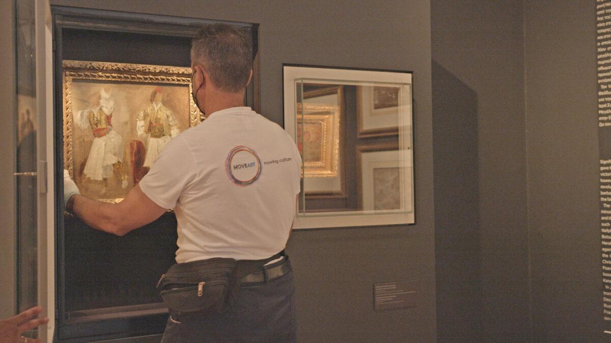 The two works by Eugene Delacroix being transferred to the Benaki Museum (photo: Benaki Museum)
