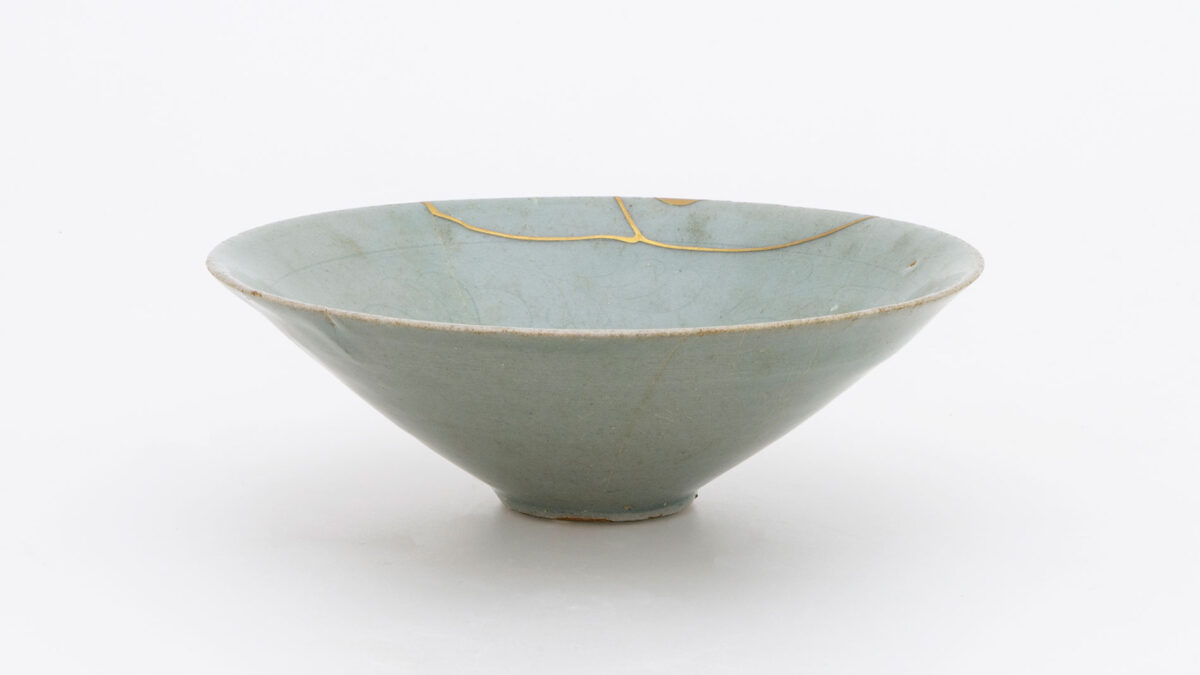 One of the exhibits. Korea. Goryeo Dynasty (918-1392), late 11th. C. Benaki Museum 2412. Donated by George Eumorfopoulos.