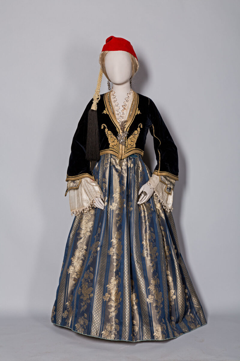 Formal dress established by Queen Amalia. Owned by Cleopatra Karizopoulou, nee Melissourgou, Kalamata 1840-1860. Benaki Museum (Dress 238).