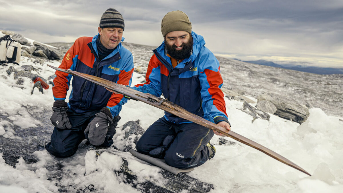 The ski was found in good condition. Museum of Cultural History, Oslo.